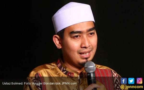 Komentar Ustaz Solmed Soal Permintaan Maaf Andre Taulany - JPNN.com