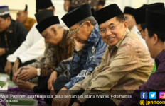 Usai Salat di Istiqlal, JK Dampingi Jokowi Open House - JPNN.com