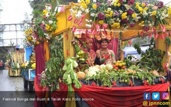 Ke Danau Toba? Ada Pesta Akbar Festival Bunga dan Buah 2017? - JPNN.com