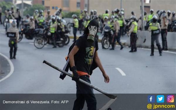 Berita Terbaru Krisis Venezuela: BBM Berlimpah, SPBU Langka - JPNN.com