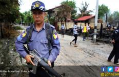 Militer Myanmar Klaim Cuma Membunuh 10 Rohingya - JPNN.com