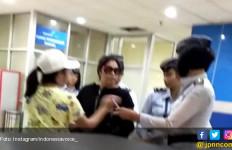 Istri Petinggi Polri Penampar Petugas Bandara Harus Diproses Hukum - JPNN.com