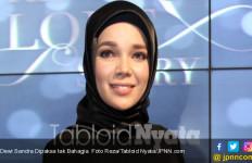 Minyak Zaitun Jadi Andalan Dewi Sandra - JPNN.com