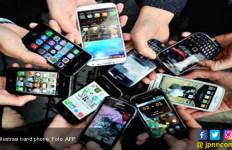 Penjualan Ponsel Segmen Menengah Melemah - JPNN.com