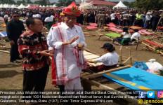 Jokowi Resmi Dinobatkan sebagai Rato SBD - JPNN.com