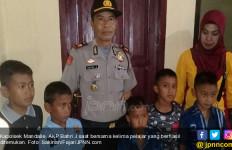 5 Bocah Hilang di Permandian, Ditemukan di Hutan Dalam Kondisi Demam - JPNN.com