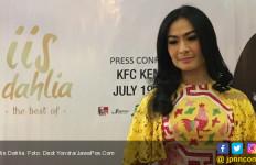 Iis Dahlia Bangga Devano Sering Membantu yang Kurang Mampu - JPNN.com