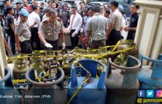 Enam Tahun Kurangi Isi Elpiji 3 Kg, SPPBE di Lampura Akhirnya Disegel Polisi - JPNN.com