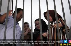Terbukti Korupsi Korupsi Alkes Banten, Ratu Atut Diganjar 5,5 Tahun Penjara - JPNN.com