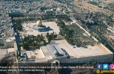Polisi Israel Persilakan Orang Yahudi Memasuki Masjid Al-Aqsa, Warga Palestina Malah Dipukuli saat Salat - JPNN.com