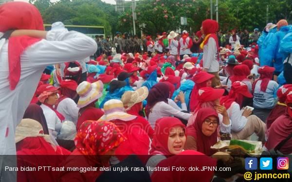 Keppres Sudah Terbit, 4 Ribu Bidan Desa PTT Bisa jadi PNS - JPNN.com