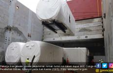 Komponen Utama Turbin PLTB Sidrap Dalam Perjalanan Menuju Parepare - JPNN.com