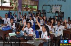 Kabar Gembira bagi Guru SMA - SMK di Nabire - JPNN.com