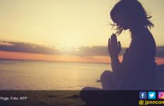 Bumil, ini 6 Manfaat Bergabung dengan Kelas Yoga Prenatal - JPNN.com
