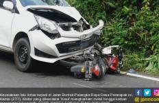 Motor vs Mobil, Mahasiswa Sekarat, Ini Fotonya - JPNN.com