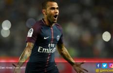 Alves Bawa PSG Kalahkan AS Monaco di Piala Super Prancis - JPNN.com