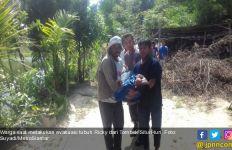 Berenang di Kolam, Dua Siswa SMP Silimakuta Tewas Tenggelam - JPNN.com