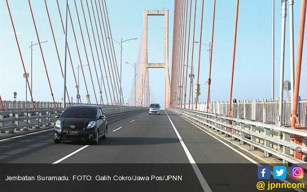 Tol Suramadu Gratis, Jokowi Ingin Pariwisata Madura Tumbuh - JPNN.com