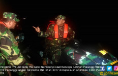 Seperti Ini Ekspresi Sang Jenderal Saat Meninjau Lokasi Latihan Pasukan Khusus TNI - JPNN.com