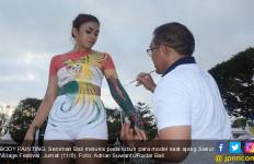 Lukis Tubuh Model Pikat Ribuan Pengunjung Sanur Village Festival - JPNN.com