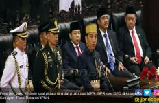 Haris Azhar 'Puji' Konsistensi Jokowi Mengabaikan HAM - JPNN.com