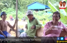 Video Bu Susi Minum Kopi Bareng Nelayan, Ada yang Tanpa Baju - JPNN.com