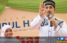 Pertanyakan Uang Provisi, Ustaz Alhabsyi Sudah Siap Bercerai? - JPNN.com