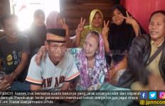 Lama Menjomlo, Nenek 75 Tahun asal Kalimantan Dinikahi Pria Muda - JPNN.com