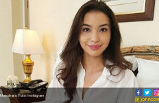 3 Berita Artis Terheboh: Manohara Pindah Agama, Ustaz Solmed Prihatin - JPNN.com