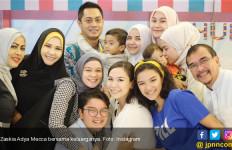 Zaskia Adya Mecca Batal Berangkat Haji, Begini Ceritanya  - JPNN.com