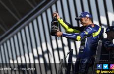 Kena Salip di 3 Lap Terakhir MotoGP Inggris, Rossi Frustrasi - JPNN.com