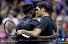 Lihat! Roger Federer Nyaris Tumbang di Tangan Petenis Berusia 19 Tahun - JPNN.com