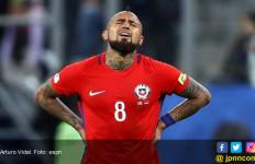 Cetak Gol Bunuh Diri Spektakuler, Arturo Vidal Isyaratkan Pensiun - JPNN.com