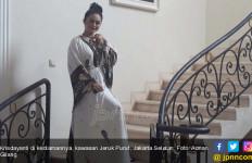 Hari Ini, Krisdayanti Berkurban Tanpa Didampingi Suami - JPNN.com