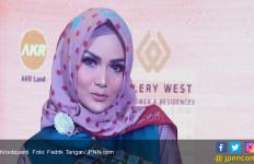 Krisdayanti Sarankan Siti Nurhaliza Baca Alquran Surah Yusuf - JPNN.com