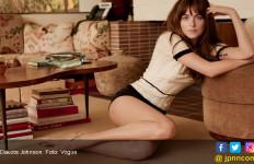 Biasa Beradegan Dewasa, Dakota Johson Tetap Takut Foto Syurnya Tersebar - JPNN.com