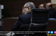 Terbukti Terima Rasuah untuk Umrah, Patrialis Diganjar 8 Tahun Penjara - JPNN.com