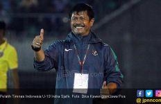 Dikabarkan Bakal Melatih Timnas Putri, Indra Sjafri Malah Tertawa Lepas - JPNN.com
