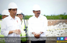 Jokowi: Pak Gub, Batam masih begitu juga? - JPNN.com