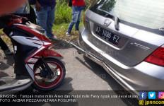 Pulang Dari Kampus, Mahasiswa Tabrak Mobil Dosen - JPNN.com