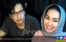 Dewi Gita - Armand Rayakan Ultah Pernikahan dengan Konser - JPNN.com