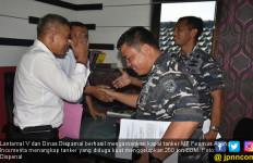 Lantamal V Tangkap Kapal Tanker Penyelundup BBM - JPNN.com