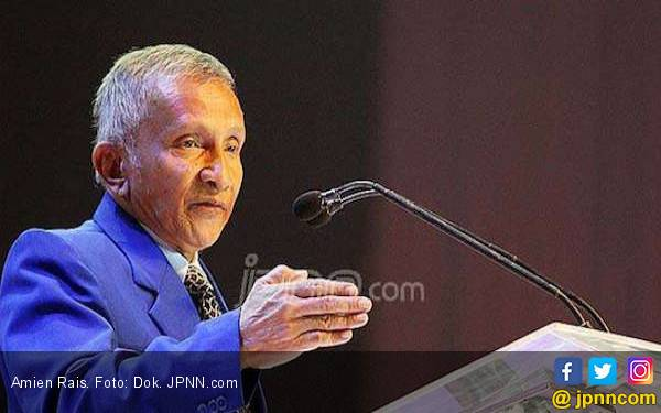 Berorasi di Syukuran Prabowo, Amien Rais Sebut Jokowi Ibarat Presiden Bebek Lumpuh - JPNN.com