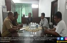 Gawat, Guru dan Kepala SMAN 13 Medan Diancam Bunuh - JPNN.com