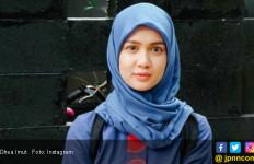 Kamera Rp 229 Juta Raib, Dhea Imut Akhirnya Gugat DHL - JPNN.com
