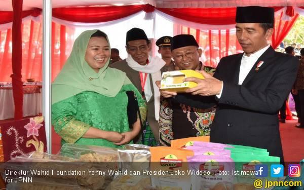 Cerita Yenny Wahid soal Kefasihan Jokowi Menyanyikan Ya Lal Wathan - JPNN.com