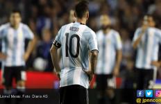 Fan Maradona Tak Ingin Lionel Messi Main di Piala Dunia 2018 - JPNN.com