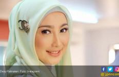 Desy Ratnasari Menangis Ditampar Christine Hakim - JPNN.com