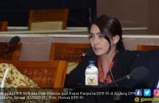 Rieke Minta Jokowi Merevisi Perpres Jaminan Kesehatan - JPNN.com