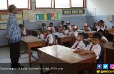 Guru PNS Iuran Beli Sembako THR Honorer - JPNN.com